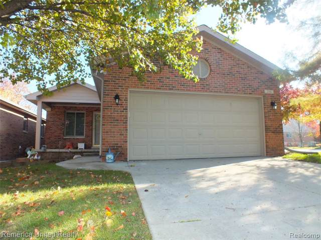 598 Maple Dr, South Lyon, MI 48178 (#219113971) :: The Buckley Jolley Real Estate Team