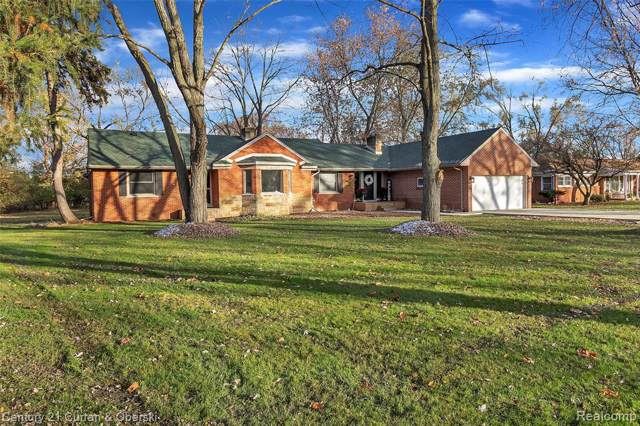 24644 Springbrook Dr, Farmington Hills, MI 48336 (#219114166) :: The Buckley Jolley Real Estate Team
