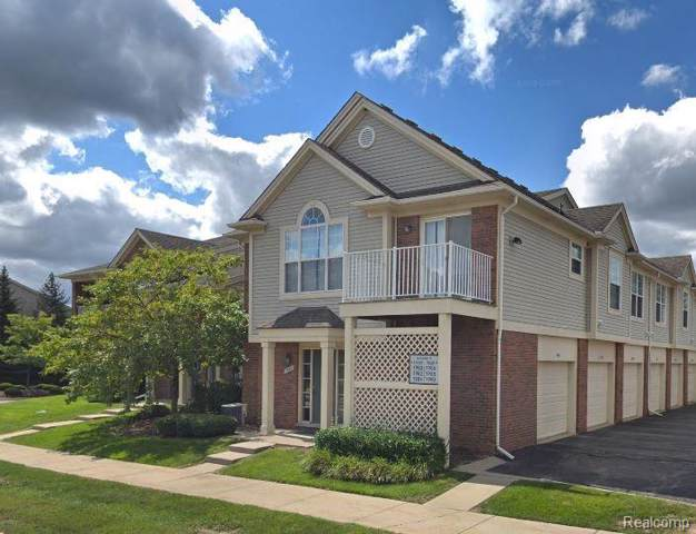 1883 Flagstone Circle, Rochester, MI 48307 (#219114446) :: The Alex Nugent Team | Real Estate One