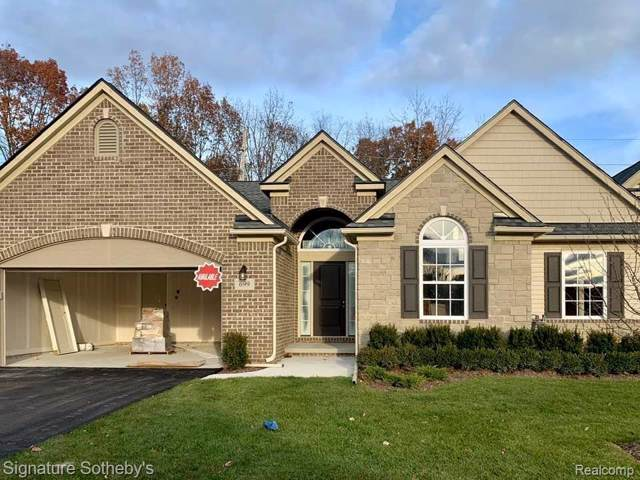 699 Andover Park E #1, Milford Twp, MI 48381 (#219114467) :: The Buckley Jolley Real Estate Team