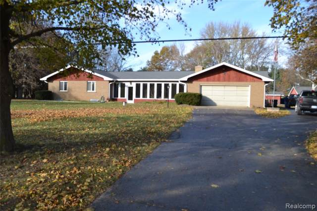 636 W Schafer Road, Marion Twp, MI 48843 (#219114555) :: The Buckley Jolley Real Estate Team