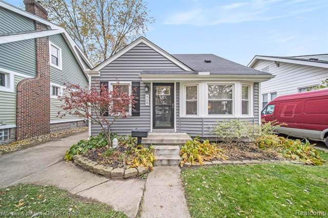 710 S Rembrandt Avenue, Royal Oak, MI 48067 (MLS #219114713) :: The Toth Team
