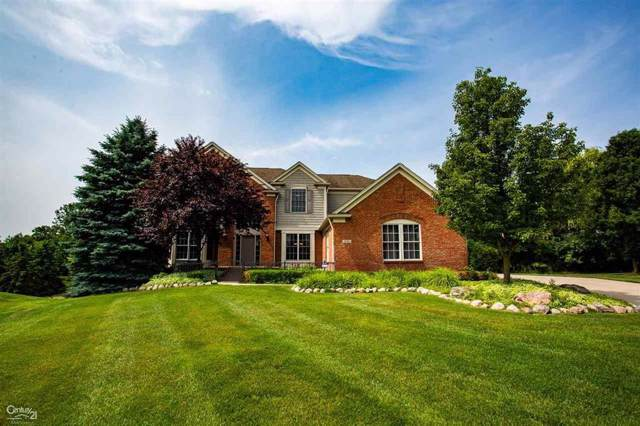2143 Aberdeen, Oakland Twp, MI 48306 (#58031400164) :: GK Real Estate Team