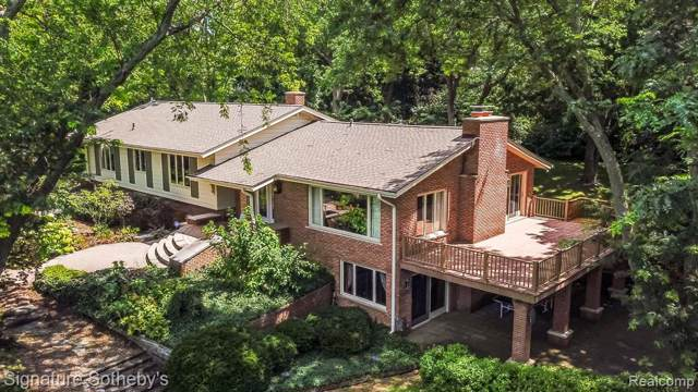 6971 Valley Spring Road, Bloomfield Twp, MI 48301 (#219115161) :: The Mulvihill Group