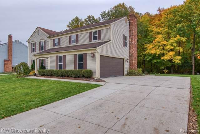 35929 Fredericksburg Road, Farmington Hills, MI 48331 (MLS #219115291) :: The John Wentworth Group