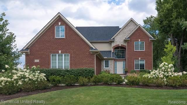 54646 Villagewood Dr., South Lyon, MI 48178 (#219115354) :: Duneske Real Estate Advisors