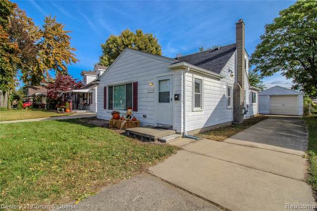 6586 N Gulley Rd, Dearborn Heights, MI 48127 (MLS #219115407) :: The Toth Team