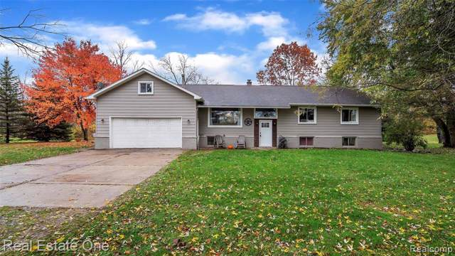 15384 Dixie Highway, Groveland Twp, MI 48442 (#219115412) :: The Buckley Jolley Real Estate Team