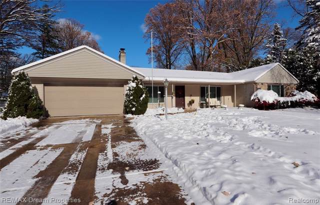 31660 Vargo Street, Livonia, MI 48152 (#219115464) :: GK Real Estate Team