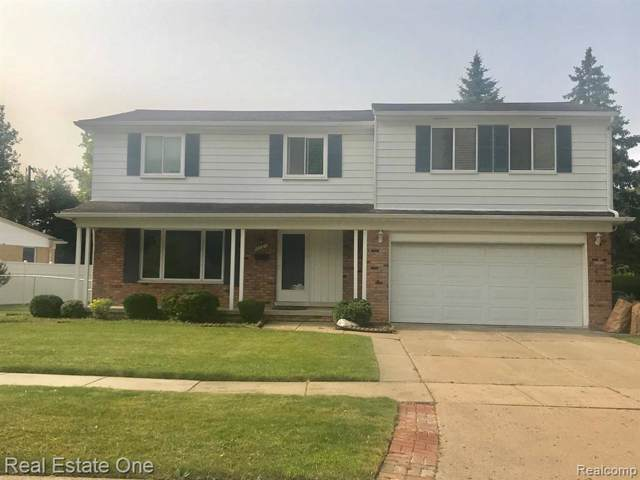 2181 Eva Drive, Troy, MI 48083 (MLS #219115467) :: The Toth Team