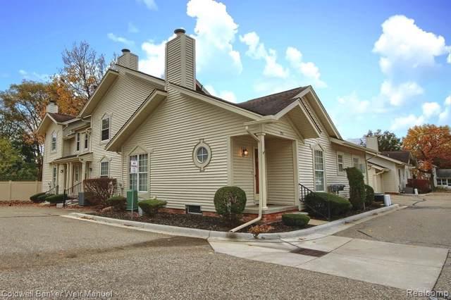 323 W Ann Arbor Trail Court, Plymouth, MI 48170 (#219115534) :: GK Real Estate Team