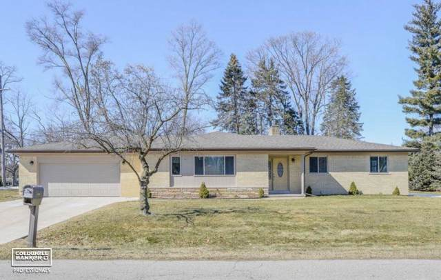 53121 Franklin, Shelby Twp, MI 48316 (#58050000078) :: The Alex Nugent Team | Real Estate One