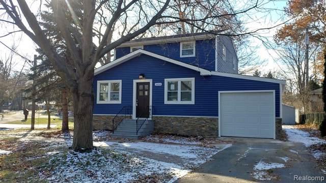 1464 Benvenue Street, Sylvan Lake, MI 48320 (#219115717) :: Springview Realty
