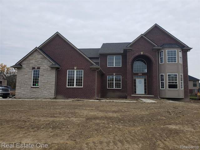 1626 Bur Oak Drive, Troy, MI 48085 (MLS #219115795) :: The Toth Team