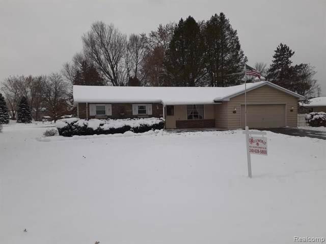 711 Seymour Lake Road N, Oxford Twp, MI 48371 (#219115900) :: The Alex Nugent Team   Real Estate One