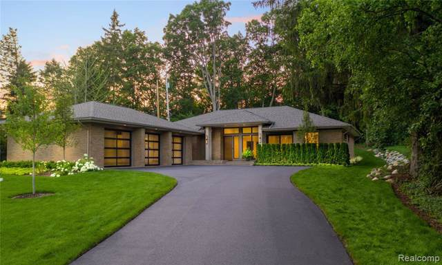 3438 Westchester Road, Bloomfield Twp, MI 48304 (#219115950) :: The Mulvihill Group