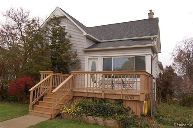 18763 Ray Street, Riverview, MI 48193 (#219116085) :: The Mulvihill Group