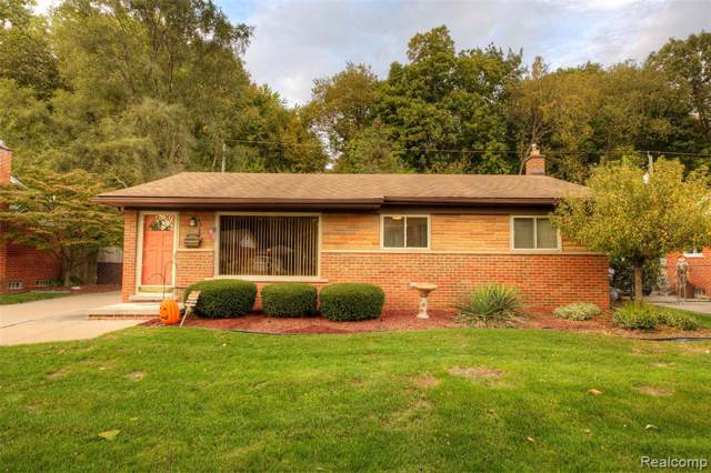 31566 Pembroke Street, Livonia, MI 48152 (#219116129) :: GK Real Estate Team