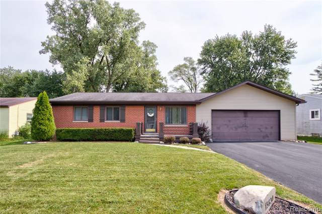 15630 Green Lane Avenue, Livonia, MI 48154 (#219116157) :: GK Real Estate Team