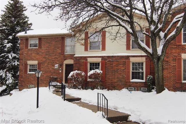 6228 Pepper Hill Street, West Bloomfield Twp, MI 48322 (MLS #219116181) :: The Toth Team