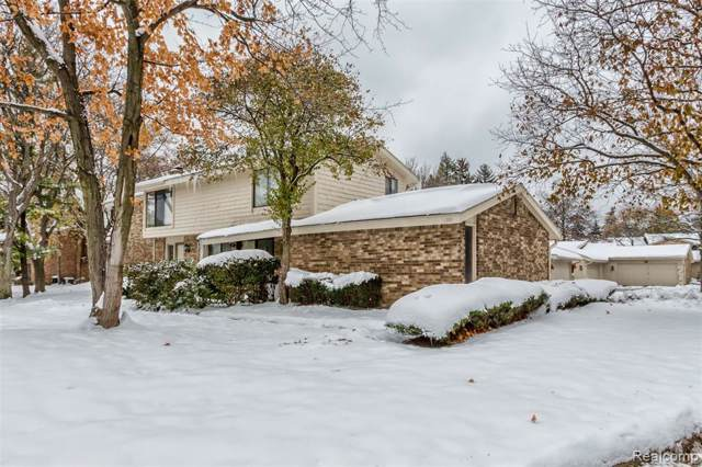 7216 Bridge Way, West Bloomfield Twp, MI 48322 (MLS #219116208) :: The Toth Team