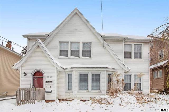 402 Third St, CITY OF JACKSON, MI 49201 (MLS #55201904197) :: The Toth Team
