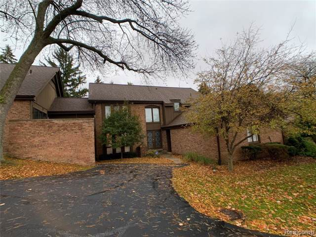 1862 Chipping Way #2, Bloomfield Hills, MI 48302 (#219116259) :: RE/MAX Nexus