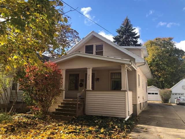 307 N Foster Avenue, Lansing, MI 48912 (#630000242566) :: GK Real Estate Team