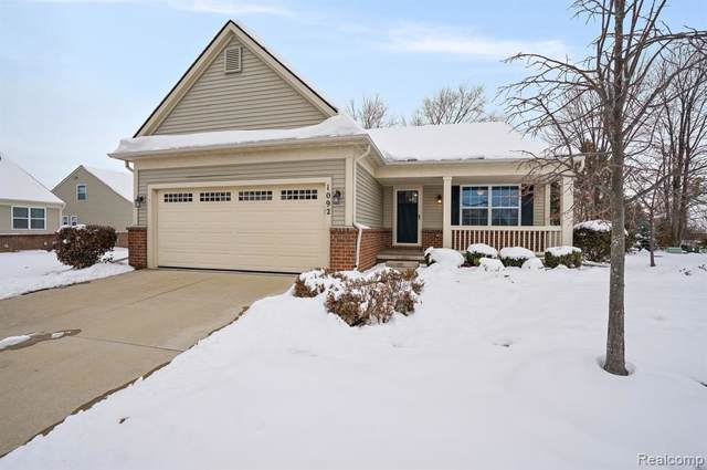 1092 Paddock Drive, South Lyon, MI 48178 (#219116364) :: Alan Brown Group