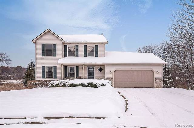 439 Brentwood Drive, Pinckney Vlg, MI 48169 (#219116369) :: The Mulvihill Group