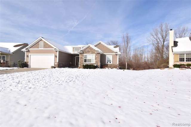 16489 Red Fox Trail, Fenton, MI 48451 (#219116374) :: Alan Brown Group