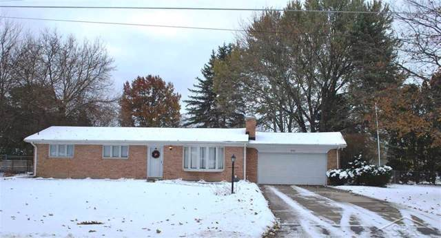 5261 Glenfield, Saginaw Twp, MI 48638 (#61050000299) :: Team Sanford