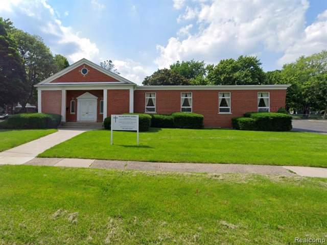 2630 Village Rd., Dearborn, MI 48124 (#219116516) :: The Buckley Jolley Real Estate Team