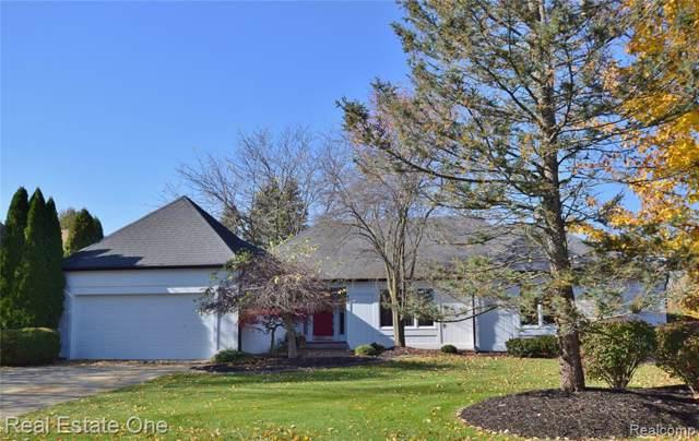 673 Augusta Drive, Rochester Hills, MI 48309 (#219116541) :: The Alex Nugent Team | Real Estate One