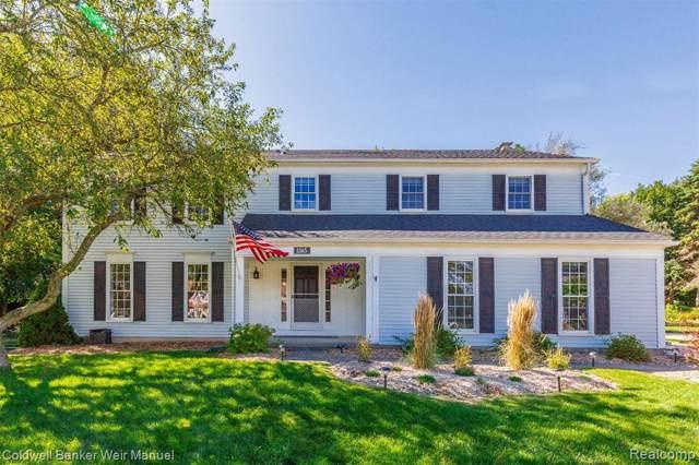 1365 N Fairview Lane, Rochester Hills, MI 48306 (#219116603) :: The Alex Nugent Team | Real Estate One