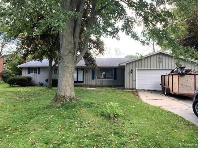 3215 N Shoreview Drive, Fort Gratiot Twp, MI 48059 (#219116694) :: Springview Realty