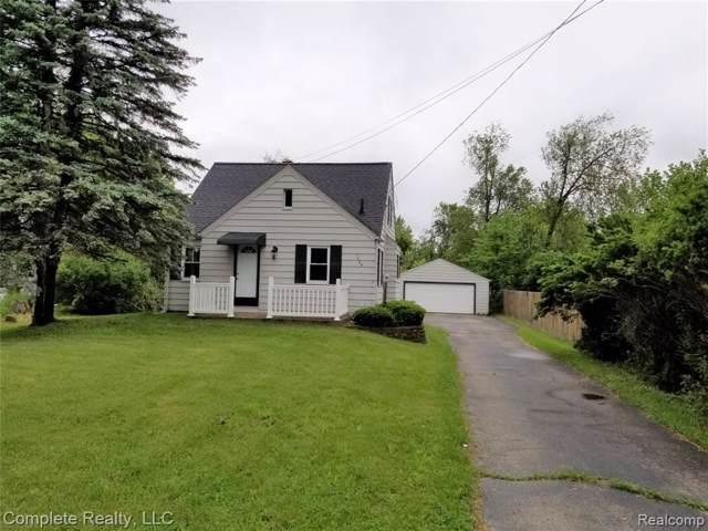 7025 E Coldwater Road, Davison, MI 48423 (#219116718) :: The Buckley Jolley Real Estate Team