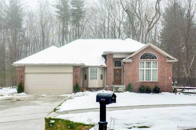 3134 Spruce Drive, Port Huron Twp, MI 48060 (#219116866) :: Team Sanford