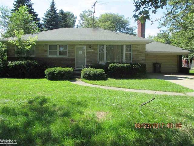 42491 Garfield, Clinton Twp, MI 48038 (#58050000466) :: Team Sanford