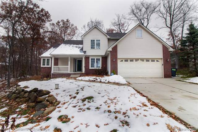 1260 Viefield Drive, Orion Twp, MI 48362 (#219117113) :: The Alex Nugent Team | Real Estate One
