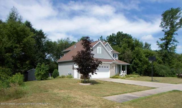 411 Perry Lake Drive, Perry, MI 48872 (#630000242650) :: Team Sanford