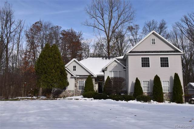 6165 Rood Road, Holly Twp, MI 48442 (#219117500) :: The Buckley Jolley Real Estate Team