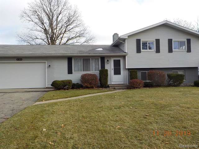 2186 N Kearney Drive, Saginaw Twp, MI 48603 (#219117507) :: Team Sanford