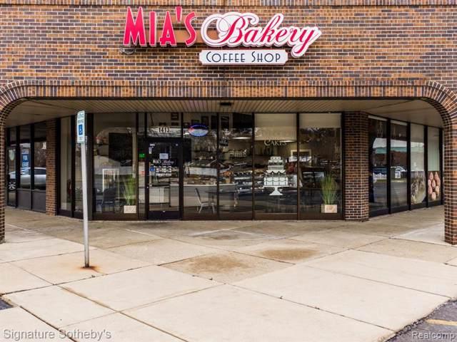 1413 W 14 MILE Road, Madison Heights, MI 48071 (#219117575) :: Alan Brown Group
