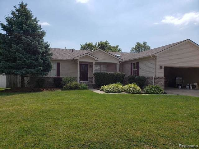 46368 Candleberry Drive, Chesterfield Twp, MI 48047 (#219117721) :: The Mulvihill Group
