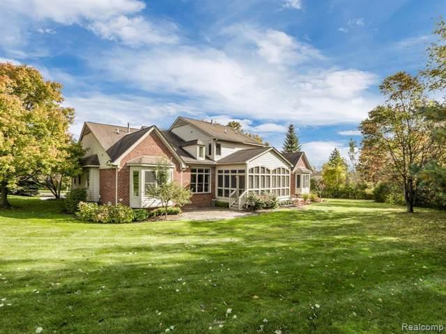 4699 Oakhurst Ridge Road, Independence Twp, MI 48348 (#219118268) :: The Alex Nugent Team | Real Estate One