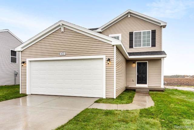 5147 Sandalwood Circle, Grand Blanc Twp, MI 48439 (#219118700) :: The Mulvihill Group