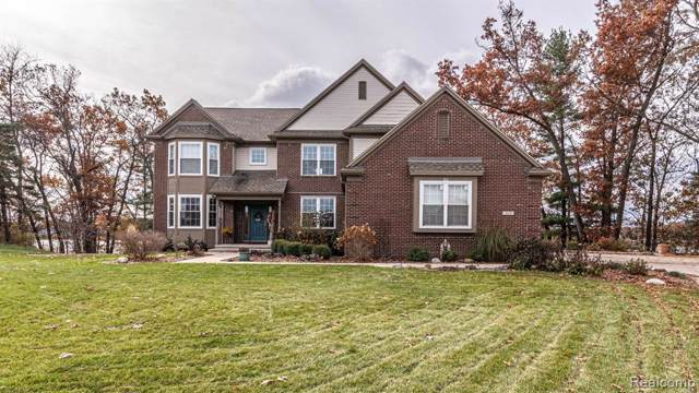 660 Manitou Lane, Oxford Twp, MI 48362 (#219119032) :: Team Sanford