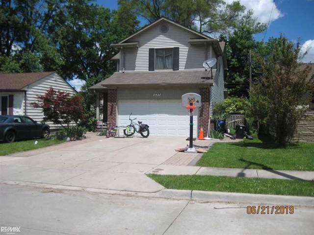 537 E Brockton, Madison Heights, MI 48071 (#58050001030) :: Alan Brown Group