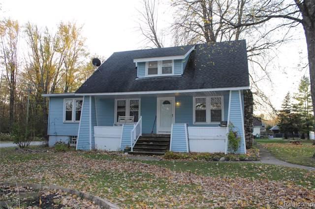 5931 Lakeshore, Fort Gratiot Twp, MI 48059 (#219119210) :: The Buckley Jolley Real Estate Team